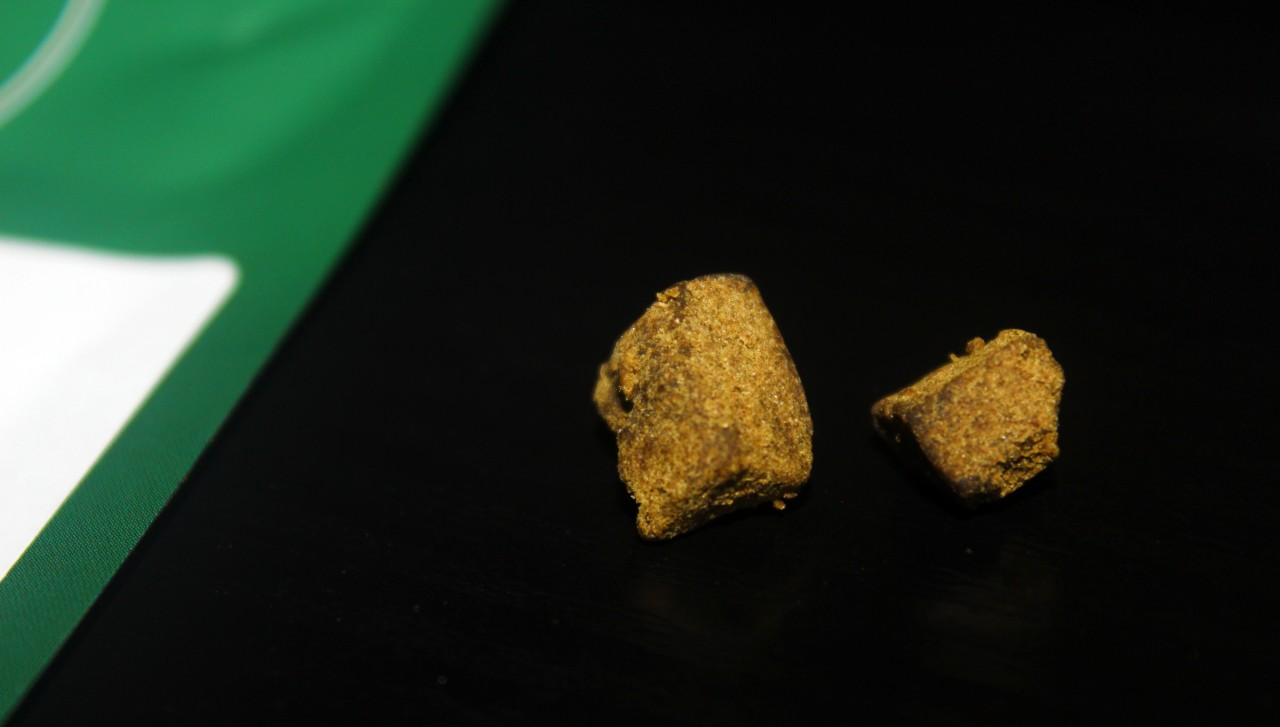 CBD Enthusiasts - Double Zero 23% CBD Pollen Review