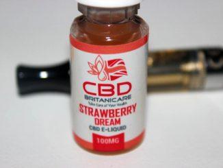 CBD Britanicare - Strawberry Dream & Blu Slush 100mg CBD E-Liquid Reviews