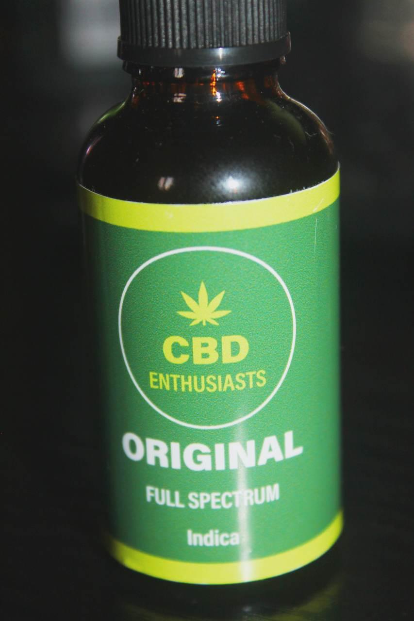 CBD Enthusiasts - Full-Spectrum 1500mg Indica CBD Oil Review
