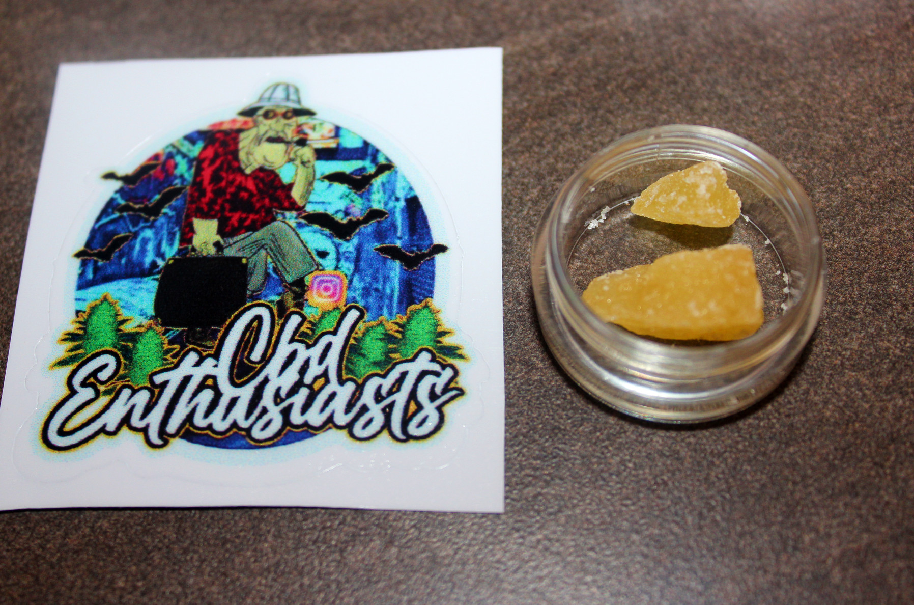 CBD Enthusiasts - Dog Walker OG Terpene Infused 90% CBD Crumble Review